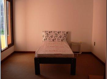 EasyQuarto BR Aluga-se quartos! - São José, Grande Florianópolis - R$400 por Mês - Foto 1
