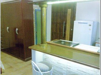 EasyQuarto BR - Suite em Sobrado Prox. Hosp; Metrô Clinicas - Pinheiros, São Paulo capital - R$1300