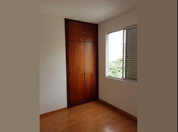 EasyQuarto BR - ALUGO QUARTO B. SANTO ANTÔNIO  - Outros Bairros, Belo Horizonte - R$850