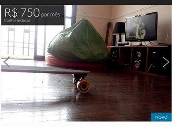 EasyQuarto BR - Quarto no CENTRO de Alphaville - Barueri (Ótimo) - Barueri, RM - Grande São Paulo - R$750