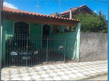 EasyQuarto BR - Aluga-se quartos em casa mobiliada, 350 reais - Sorocaba, Sorocaba - R$350