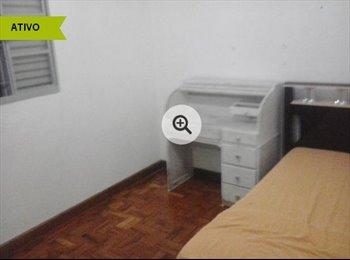 EasyQuarto BR - Quarto para mulher no centro taubate (estudante) - Taubaté, São José dos Campos - R$450