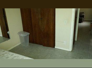 EasyQuarto BR - Aluguel de quarto para homem - Centros, Belo Horizonte - R$800