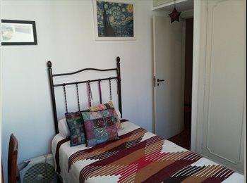 EasyQuarto BR - Um quarto em um lar - Flamengo, Rio de Janeiro (Capital) - R$1800