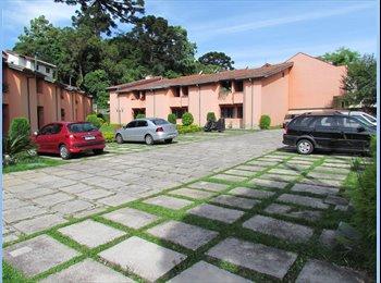 EasyQuarto BR - QUARTO (SUÍTE) COM GARAGEM - PROX. PQ BARIGUI - Outros Bairros, Curitiba - R$800