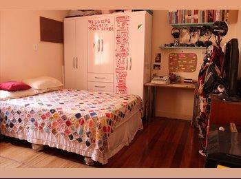 EasyQuarto BR - Ótimo Quarto Espaçoso na Lapa / Nice Room in Lapa - Lapa, Rio de Janeiro (Capital) - R$1100