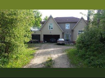 EasyRoommate CA - Nice house - West, Edmonton - $700