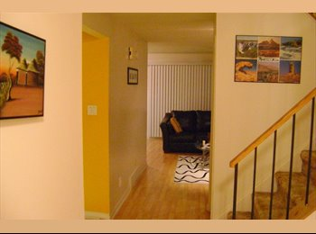 EasyRoommate CA - ROOM FOR RENT - $400 per month - Western Suburbs, Ottawa - $400