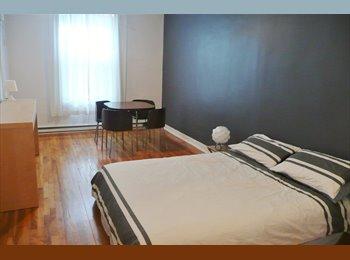 EasyRoommate CA - Plateau - Grande chambre avec salle de bain privée - Le Plateau-Mont-Royal, Montréal - $700