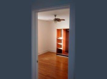 EasyRoommate CA - Large Room in Upstairs of Large House Kingston - North East Ontario, North East Ontario - $700