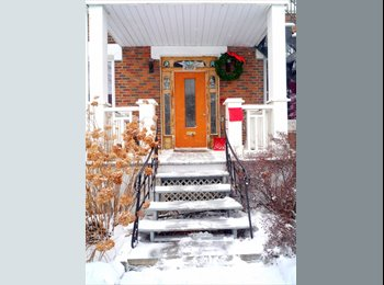 EasyRoommate CA - $440 Nice room in a nice place with nice people! - Villeray - Saint-Michel - Parc-Extension, Montréal - $440