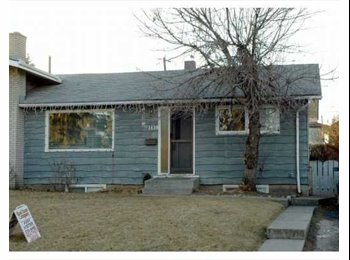EasyRoommate CA - Female roommate, share with 1 person & 2 cats - Calgary, Calgary - $650