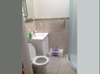 EasyRoommate CA - BOOK ROOM FOR SUBLET - PLATEAU - Le Plateau-Mont-Royal, Montréal - $700