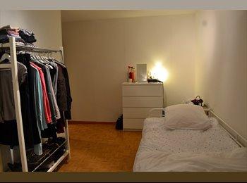EasyWG CH - Einzelzimmer in sehr schöner 4 1/2 Zimmer Wohnung - Altstetten-Albisrieden - 9. Bezirk, Zürich / Zurich - CHF1100