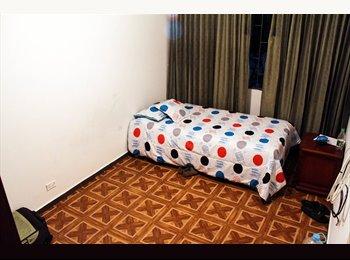 CompartoApto CO - habitaciones privadas con o sin baño - Bogotá, Bogotá - COP$*