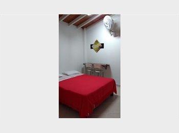 CompartoApto CO - Economicos Apartaestudios Conquistadores - Zona Occidente, Medellín - COP$*
