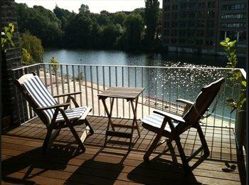 EasyWG DE - Traumhaftes WG-Zimmer direkt am Osterbek-Kanal :-) - Barmbek Sd, Hamburg - €390