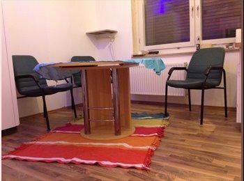 EasyWG DE - Helle WG Wohnung in Frankfurt am Main - Greisheim, Frankfurt - €400