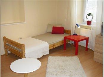 EasyWG DE - Helles, geräumiges Zimmer mit eigenem BAD! - Oberhausen, Augsburg - €381