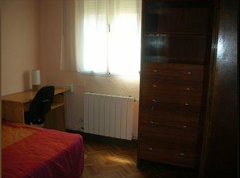 EasyPiso ES Alquilo habitacion - Rondilla, Centro, Valladolid - 150 por Mes,€35 por Semana€0 por Día€ - Foto 1