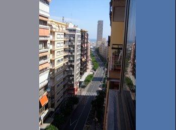 EasyPiso ES - Febrero. Con cama 1,05. Terraza y AA.Rambla - Zona del Puerto, Alicante - €350