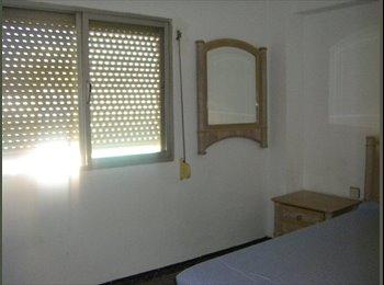 EasyPiso ES - se alquilan habitaciones en piso a compartir - Cruz De Humilladero, Malaga - €210