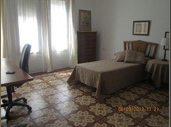 EasyPiso ES - Habitaciones para estudiantes y trabajadores - Ciudad Jardín, Córdoba - €150