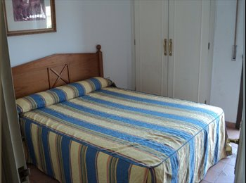 EasyPiso ES - Habitación para compartir en casa adosada - Otras Áreas, Marbella - €200