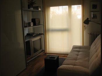 EasyPiso ES - Alquilo habitación - Otras Áreas, Navarra - €190