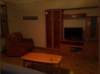 EasyPiso ES - Se busca compañera de piso en Salamanca - Salamanca, Salamanca - €190