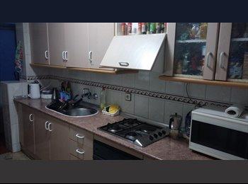 EasyPiso ES - SE busca compañero/ade piso - Granada, Granada - €133