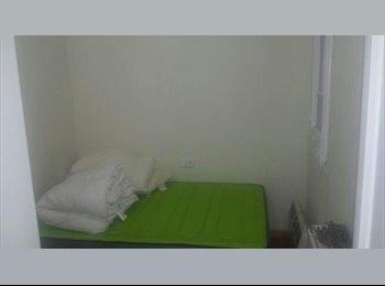 EasyPiso ES - Habitación Luminosa Francesc Macià - Sarrià-Sant Gervasi, Barcelona - €300