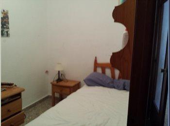 EasyPiso ES - alquiler de habitacion solo chicas - Poblats Marítims, Valencia - €155