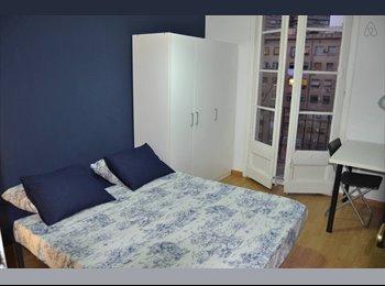 EasyPiso ES - Habitación Doble con Balcón - Eixample, Barcelona - €375