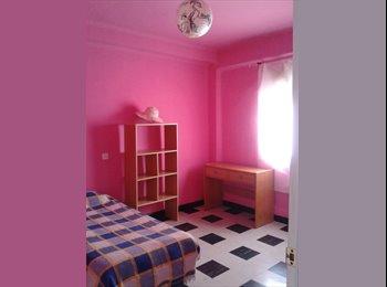 EasyPiso ES - Habitación, LOS REMEDIOS URGEEE!!!! - Otras Áreas, Sevilla - €200