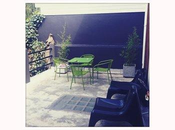 Appartager FR - chambre dispo ds colocation MAISON LORIENT centre - Lorient, Lorient - €330