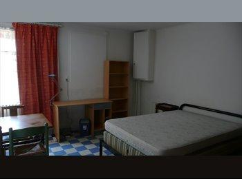 Appartager FR - chambre meublée Poitiers centre - Poitiers, Poitiers - €340