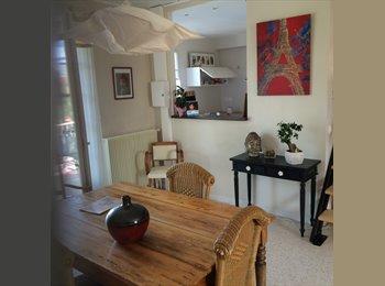 Appartager FR - Castelnau le lez grande chambre mansardé - Castelnau-le-Lez, Montpellier - €450