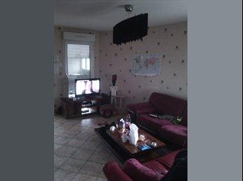 Appartager FR - coloc meublé dans un 85m² - Dijon, Dijon - €350