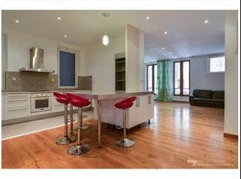 Appartager FR - Appartement en colocation - 3 chambres - 1er Arrondissement, Marseille - €350