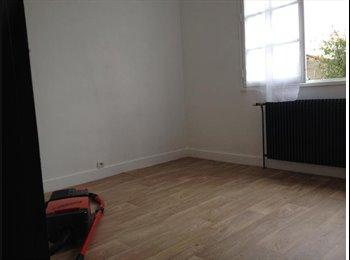 Appartager FR - chambre chez personne âgée  contre présence - Cholet, Angers - €80