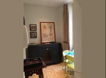 Appartager FR - chambre avec Salle de Bain- Plein centre - Nice, Nice - €555