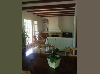 Appartager FR - Villa meublée proche centre Aix (4 chambres) - Aix-en-Provence, Aix-en-Provence - €567