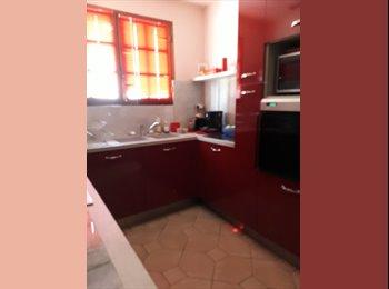 Appartager FR - Chambre meublé chez l'habitant - Portet-sur-Garonne, Toulouse - €400