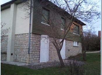 Appartager FR - Chambre double dans une grande et belle maison - Houilles, Paris - Ile De France - €640