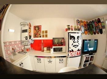 Appartager FR - Ideal couple 780euros avec garage 10 mn Part Dieu! - 3ème Arrondissement, Lyon - €780