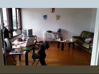 Appartager FR - Chambre dans colocation - Centre, Rennes - €362