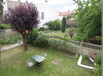 Appartager FR - Chambre meublée dans maison. Courte durée. - Empalot - Saint Agne - Sauzelong, Toulouse - €400