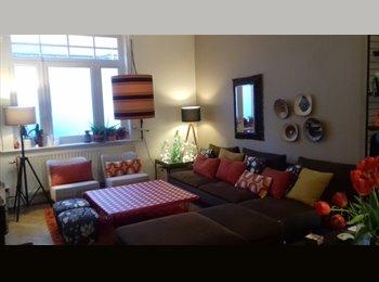 Appartager FR - chambre meublée dans maison - Mons-en-Barœul, Lille - €350