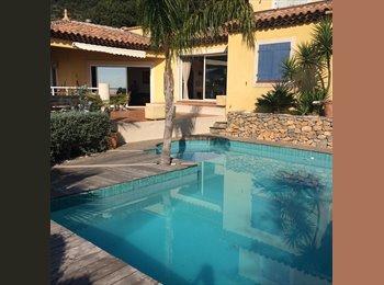Appartager FR - colocation dans villa individuelle - Hyères, Hyères - €400